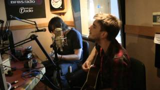 Thirteen Senses - Into the Fire (Live BFBS Radio Session)