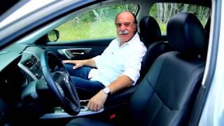 Vrum testa o Altima, sedã da Nissan que é sucesso nos EUA