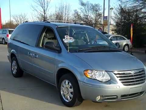 used 2005 chrysler town country for sale in charlotte nc lake norman chrysler jeep dodge. Black Bedroom Furniture Sets. Home Design Ideas