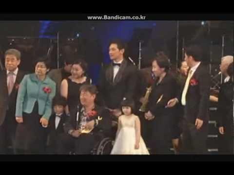Download [Rain (Bi) Clip][Eng Trans] 110228 The 2nd Korea Seoul Art & Culture Awards_Rain Edit