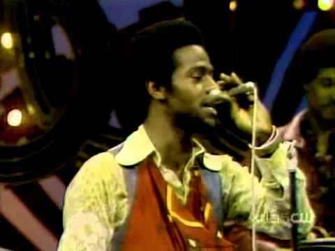 Al Green - Livin For You [+Interview] Soul Train 1974