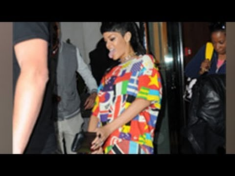 Rihanna Makes Fun Of Miley Cyrus -- Imitates Her Tongue Action In Public