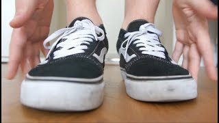 Pasc: Shoe ASMR / Fast Tapping / Foot Scratching (With Socks)