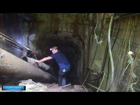 SCARY Hidden Underground Base Exposed? Astonishing UFO Interdimensional Portals Over FLORIDA?1/18/17