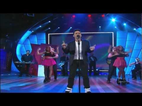 Prince Royce  Las Cosas Pequeñas @ Sábado Gigante 2012
