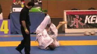 Ryan Beauregard vs Rodolphe Olivier Jiu-Jitsu EUROPEAN BJJ CHAMPIONSHIP 2009