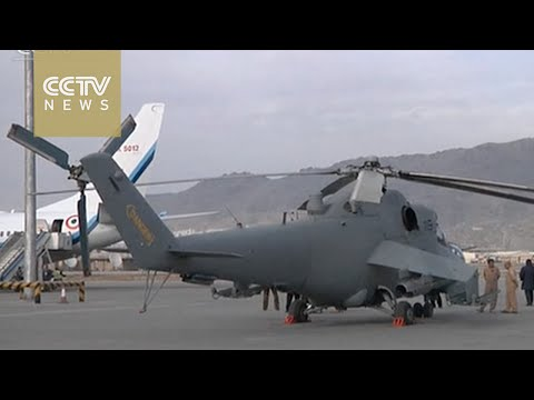 Indian PM hands over military helicopters to Afghanistan