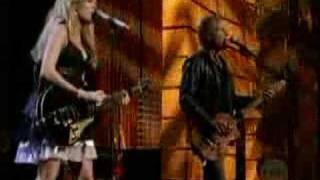 Carrie Underwood and Lindsey Buckingham - Go Your Own Way