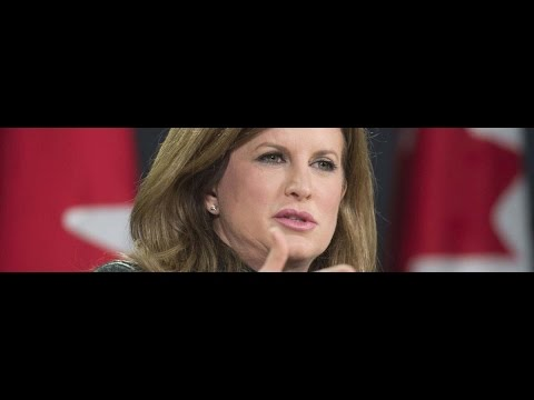 Lefty journalist attacks Rona Ambrose for the way she dresses