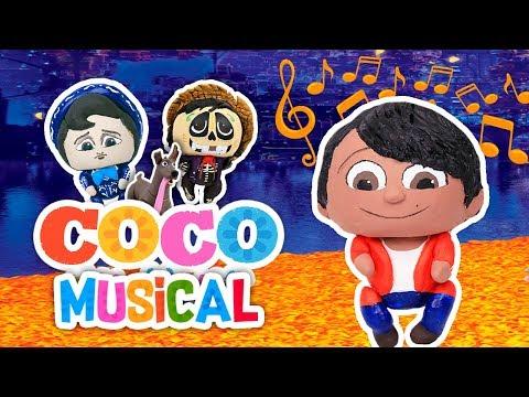 馃幎 COCO EL MUSICAL 馃幎 de la Pel铆cula en espa帽ol Disney Pixar desde el TEATRO Juguetes Fant谩sticos
