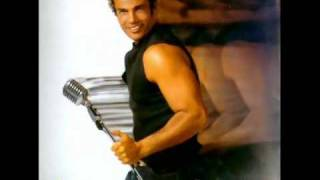 Amr Diab: 2- Wahashtiny (I Missed you) Eng. subs. عمرو دياب - وحشتيني