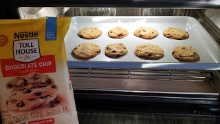 June Oven Toll House Chocolate Chip Cookies
