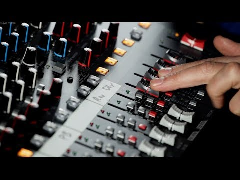 How To Mix Live Music Chapter 15 - Faders & Groups