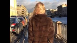 видео Пальто из норки c воротником  из баргузинского соб