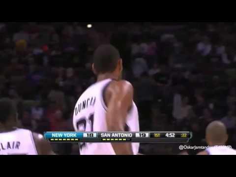 Tim Duncan hugs Kidd, gets rebound, scores 15/11/12