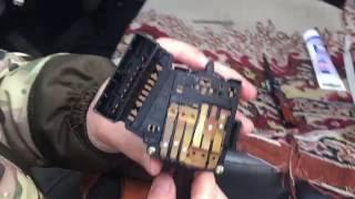видео Почему окисляются клеммы на аккумуляторе и как с этим бороться?