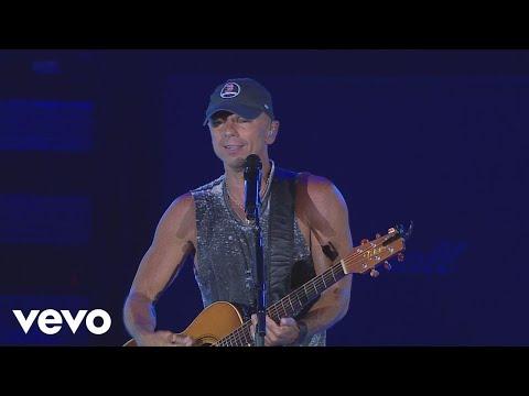 Kenny Chesney - Boston (Live)