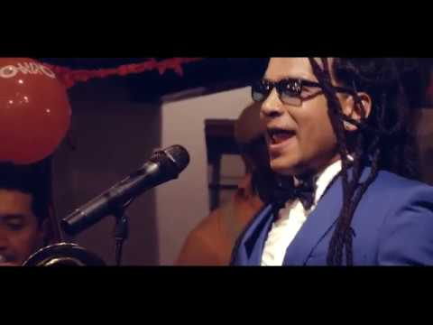 El Ray Arroyo ft Esmeraldas All Stars - A Quito Bonito (Official music video)