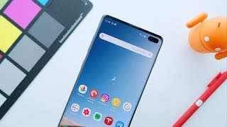 The Galaxy S10\'s Incredible Display!