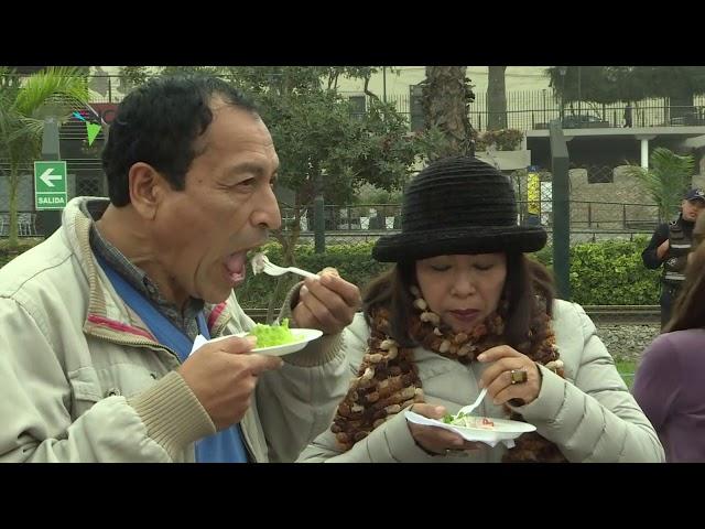 Cebiche gratis en el día del plato nacional de Perú