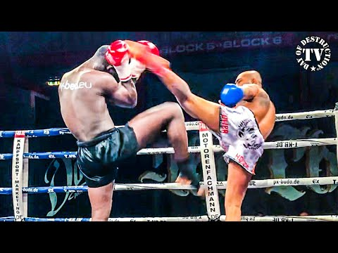 Muay Thai Championship - The Blade vs former UFC Fighter from Brazil