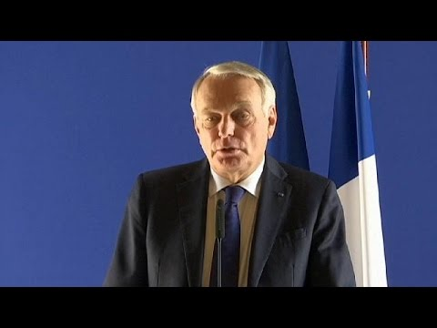 French foreign minister meets families of EgyptAir crash