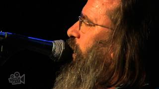 Watch Steve Earle Tom Ames Prayer video