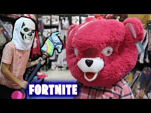 FORTNITE BATTLE ROYALE COSTUMES And PROPS At Spirit Halloween 2018