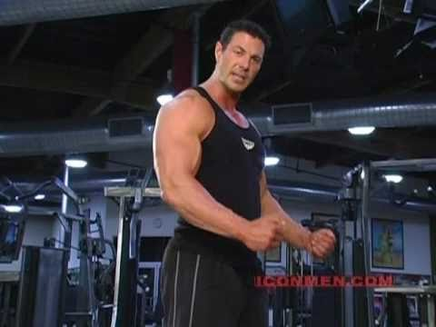 Christian Boeving  Cable Curl Bodybuilding