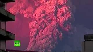 RAW: Spectacular Calbuco Volcano Eruption In Chile