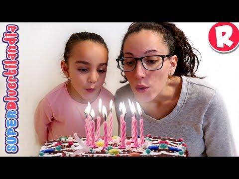 Cumpleaños!! Fiesta, tarta y juego con galletas. Andrea y Raquel en SUPERDivertilandia.