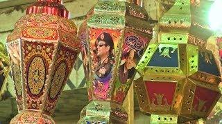 رمضان في مصر: الفانوس التقليدي يضيء ليالي القاهرة