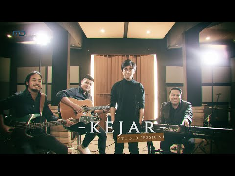 Download lagu baru Angga Yunanda x Ifa Fachir - Kejar (Studio Session) | OST Sunyi Mp3 online