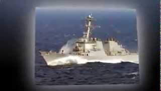 российский самалет имитирует атаку на Американский военный корабль