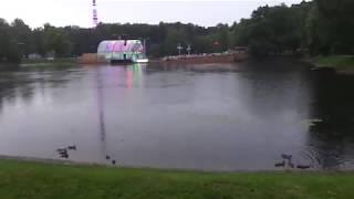 Парк Останкино. Зеленый театр ВДНХ. Сцена на воде.