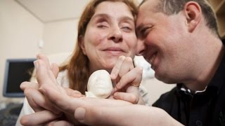 Blind Parents Become Emotional Feeling Unborn Child With 3D-Printed Sonogram