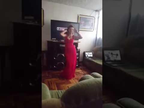 la dara bailando par.. 2