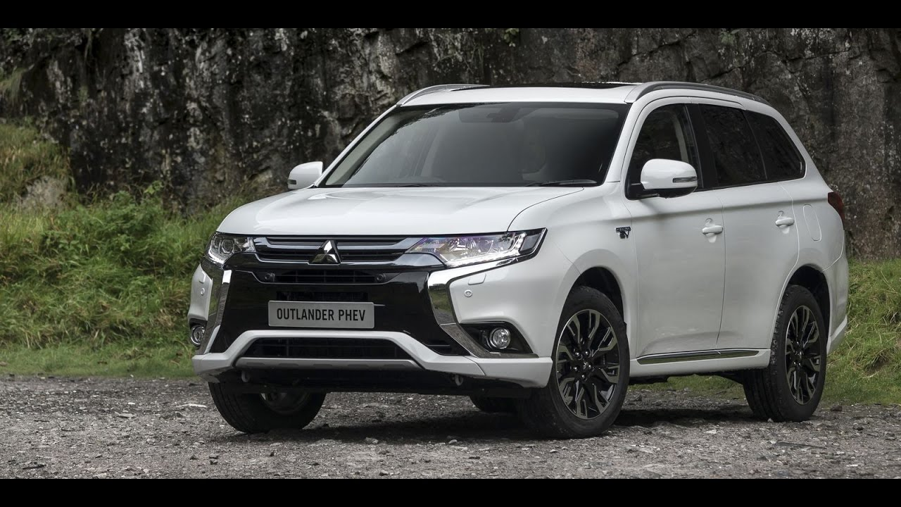 2017 mitsubishi outlander phev interior and exterior youtube. Black Bedroom Furniture Sets. Home Design Ideas