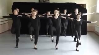 """Номер """"Греческий танец """"Сиртаки"""". 8 класс театрального отделения ШСТСН"""
