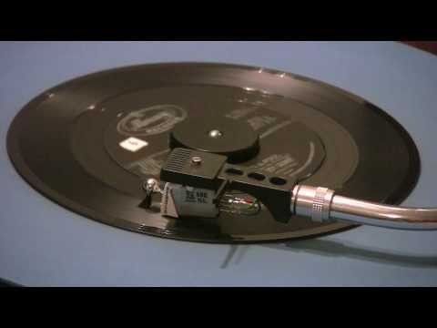 Lesley Gore - She's A Fool - 45 RPM - ORIGINAL MONO MIX