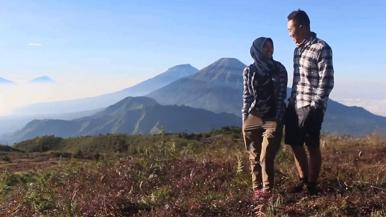 virall pasangan pendaki pesona gunung prau bikin baper