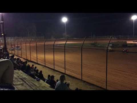 Harris Speedway 8/12/17 Renegade Main