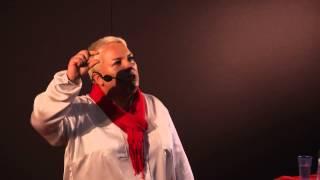 Trzy rzeczy, które tracisz zostając korporacyjną grubą rybą | Marzena Mazur | TEDxWSB