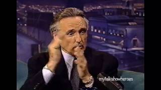 DENNIS HOPPER SETS THE RECORD STRAIGHT