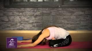 on line γυμναστική από το σπίτι  Yoga με την Κρυσταλία