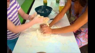 Atelier Lola Ufus Apresenta - Fazendo Pão