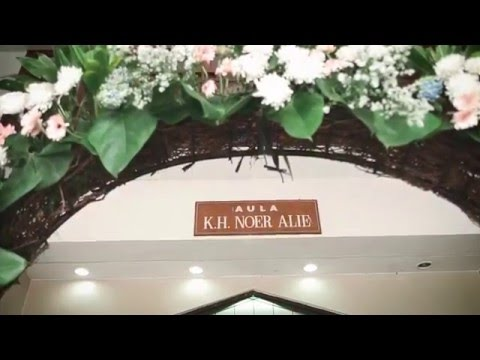 Dita budi Cinematic Wedding by Alienco Photography islamic center bekasi
