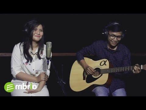 Aku Bisa Apa - Astrid Cover by Lea Gloria ft Thyas