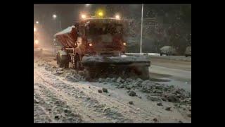 Снегоуборочная техника работала всю ночь