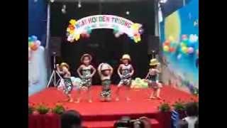 Cô giáo và các con trường mầm non Nắng Mới phường Ngọc thụy, Long B...